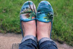 hawaiian print party shoes