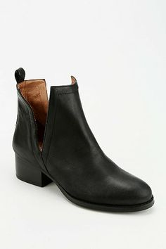 Jeffrey Campbell l Orily Cutout Ankle Boot ---love from the first sight