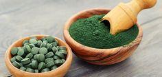 spirulina som tabletter och pulver
