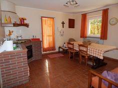 PESARO , Casa indipendente in vendita, Superficie: 0 m², Arredamento: Non Arredato, Riscaldamento: nd, Ingresso: Indipendente, Camere: 3