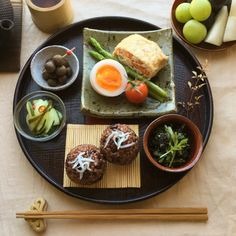 ある日の朝ごはん Asian Recipes, Real Food Recipes, Cooking Recipes, Yummy Food, Healthy Recipes, Think Food, Love Food, Bento, Sushi