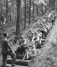 Teens, 1941  Last class in Economics being held outdoors forMansfield, Ohio Senior High School Graduates  life