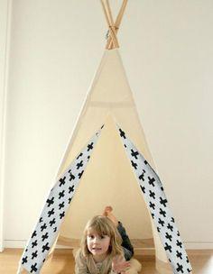 Dawanda kleines Tipi Zelt Kuschelhöhle Kinderzimmer IndianerzeltKreuzeAus…