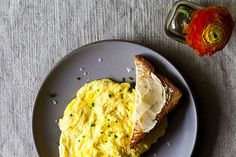Daniel Patterson's Poached Scrambled Eggs...simple but interesting new twist on scrambled eggs.
