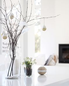 I need this Easter tree in my life this Easter holiday so pretty! From @elisabeth_heier by boho1