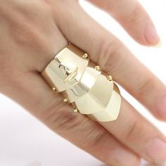 Vivienne Westwood Rings#3 £31.61. Save: 80% off. Model: YLZL20141023-41465