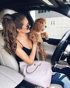 Caitlin Covington and Winnie Summer Outfits, Casual Outfits, Cute Outfits, Southern Curls And Pearls, Luxury Lifestyle Fashion, Car Girls, Tory Burch Bag, Girl Gang, Preppy