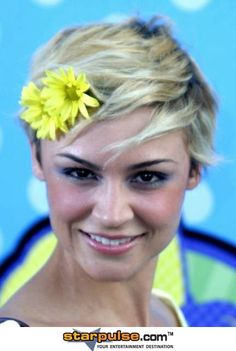 Samaire Armstrong - aka my style icon :)