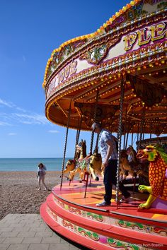 Top 12 Things To Do in Brighton England // Brittany from Boston Amazing Destinations, Travel Destinations, Places Around The World, Around The Worlds, Brighton England, London Guide, The Perfect Getaway, Seaside Towns, Exeter