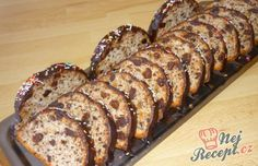 Brabantské dortíčky s marcipánem Christmas Baking, Christmas Cookies, Banana Bread, Sweet Tooth, French Toast, Pork, Food And Drink, Cooking Recipes, Breakfast