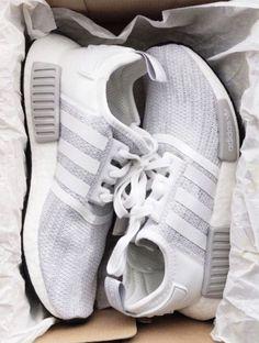 shoes,adidas nmd,grey adidas,adidas - Sneaker - Best Shoes World Sneakers Vans, Moda Sneakers, Sneakers Mode, Sneakers Fashion, Fashion Shoes, Cute Sneakers, Fashion Fashion, Womens Fashion, Fashion Outfits