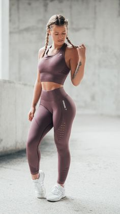 Time to energize. Gymshark Athlete, Meggan Grubb styles the new Energy Seamless Crop Vest and Leggings in Purple Wash. Set your alarms for 1st January at 3pm GMT to get yours.