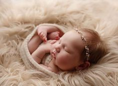 View maternity, newborn and baby portrait investment pricing from Dewdrops Photography located in Auburn, Alabama. Newborn Baby Photos, Newborn Posing, Newborn Pictures, Newborn Session, Baby Girl Newborn, Newborn Photography Poses, Newborn Photographer, Children Photography, Photography Ideas