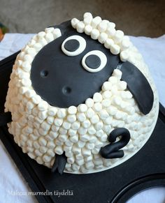 Looks just like Timmy from Timmy Time! Shaun The Sheep Cake, Cake Cookies, Cupcake Cakes, Sheep Cupcakes, Timmy Time, Lamb Cake, Cute Marshmallows, Marshmallow Cake, Novelty Cakes