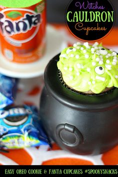 Easy Recipe for Witches Cauldron Cupcakes with Fanta and OREO Cookies @walmart AD #SpookySnacks