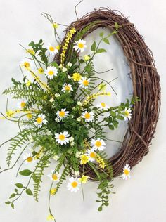 Daisy Wreath Spring Wreath Summer Wreath by CrookedTreeCreation Easter Wreaths, Fall Wreaths, Door Wreaths, Burlap Wreaths, Ribbon Wreaths, Sunflower Wreaths, Floral Wreaths, Wedding Wreaths, Deco Table