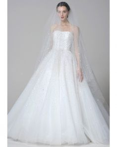 Marchesa's 2013 Bridal Collection proves why we have to have Fashion Friday here at Bride and Breakfast. It's a whimsical collection for the modern bride, and it's a crime not to … Marchesa Wedding Dress, Marchesa Bridal, Wedding Dress 2013, Used Wedding Dresses, Bridal Dresses, Wedding Gowns, Marchesa Spring, Bridesmaid Dresses, Wedding Bride