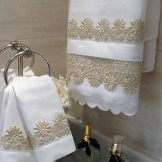 This Pin was discovered by Mar Bathroom Towels, Kitchen Towels, Decorative Hand Towels, Towel Crafts, Embroidered Towels, Luxury Towels, Shabby Chic Pink, Chic Bathrooms, Linens And Lace