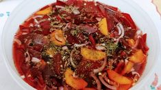 Ropogós cékla, répa, hagyma saláta 🥗🥗🥗 Pot Roast, Beef, Ethnic Recipes, Food, Carne Asada, Meat, Roast Beef, Essen, Meals