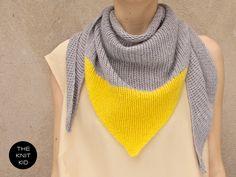 Dreiecks-Stricktuch aus Merino-/Angoragarn von the-knit-kid via dawanda.com