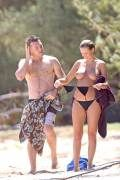 LARA BINGLE – TOPLESS BIKINI CANDIDS IN HAWAII Candid, Hawaii, Wrestling, Celebs, Running, Bikinis, Hot, Lucha Libre, Celebrities