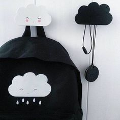 For all you #cloud lovers and #monochrome fans, some more cute cloud and #blackandwhite overload! Just couldn't resist this beautiful picture by @leentjes.home with the cloud backpack she bought in our #shop and the #amazing cloud clothes hangers also available at www.littlethingz.be . Thanks @leentjes.home for letting me regram this!  #kidsdeco #kidsroom #kidsinterior #kidsinspiration #kidinteriør #kidsdesignlife #barnrum #barnerom #lovely #alittlelovelycompany #kidsshop #monochromekids…