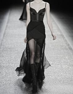 Nina Ricci Fall 2009 Ready-to-Wear Fashion Show