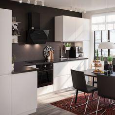 Kjøkken – VOXTORP - IKEA Ikea Kitchen Design, Home Decor Kitchen, Kitchen Furniture, New Kitchen, Home Furniture, Furniture Shopping, Best Online Furniture Stores, Affordable Furniture, Kitchen Gallery