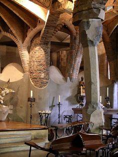 The Church of Colònia Güell (unfinished) Santa Coloma de Cervelló, (near… Religious Architecture, Church Architecture, Amazing Architecture, Architecture Details, Antonio Gaudi, Art Nouveau, Brick Columns, Alicante Spain, Falling Waters
