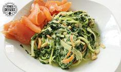 Zucchini-Nudeln mit Spinat-Creme Sauce ( Zoodles)   FITNESS-DESSERT.DE