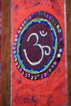 Om Namaste, Eastern Philosophy, Om Shanti Om, Indian Colours, Spiritual Symbols, Buddha Buddhism, Yoga Art, Indian Home Decor, Art And Architecture