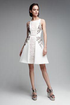 Váy dạ hội sang trọng 2017 có thiết kế cao cấp