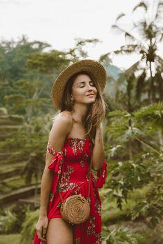 How to dress boho chic summer outfits 24 ideas Boho Chic Outfits Summer, Cool Outfits, Bohemian Summer, Alexandra Pereira, Look Festival, Spring Summer, Summer Ootd, Summer Wear, Bali Fashion