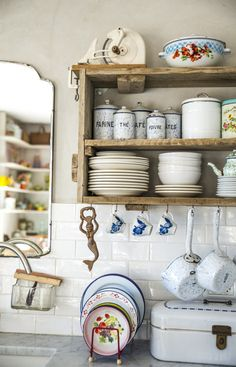 eclectic kitchen, mix in vintage