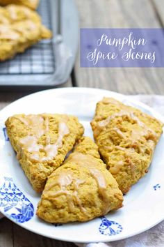 Check out this easy recipe for pumpkin spice scones and some scone making tips! | honeyandbirch.com
