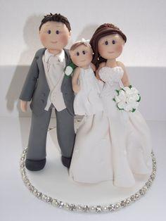 personalizado novia novio & niño torta de bodas personalizada Cakes And More, Cake Toppers, Cake Decorating, Wedding Cakes, Flower Girl Dresses, Disney Princess, Wedding Dresses, Cake, Mariage