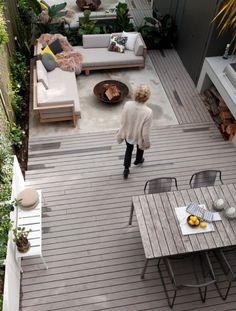 Row house outdo... - #dachterrabegestalten #House #outdo #Row Small Deck Patio, Outdoor Patio Designs, Small Backyard Landscaping, Backyard Garden Design, Garden Landscape Design, Modern Landscape Design, Outdoor Decor, Small Decks, Hillside Landscaping