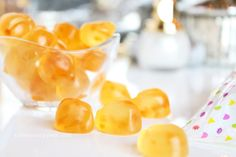 [SQUISH Peach Bites] SQUISH Candies = life-changing if you have a fondness for gummy candy. Juicy, real-flavour gummies (Prosecco Bubbly Bears, anyone?). Beautygeeks chats with founder Sarah Segal about candy, her palate, and her beauty approach.
