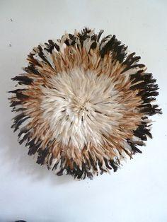 Juge Hat - Bamileke-coiffe de plumes  Diamètre: 84 cm 195€