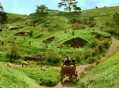 LOTR Gandalf arrives in Hobbiton, The Shire.
