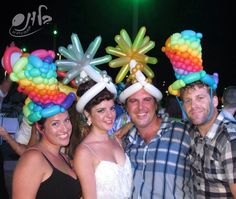 Источник интернет Ballon Animals, Animal Balloons, Balloon Hat, Monster Hat, Balloon Modelling, Rainbow Balloons, Animal Hats, Balloon Decorations, Creative