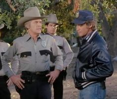 Peter Breck and Lee Majors in Fall Guy 1981,
