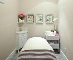 Queen bee day spa massage therapy room esthetician room aesthetician room e Hair Salon Interior, Salon Interior Design, Home Salon, Salon Design, Massage Spa, Beauty Treatment Room, Massage Therapy Rooms, Esthetics Room, Spa Rooms