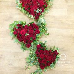 GalaxyFlowers – Coroane funerare Bucuresti. Floral Wreath, Wreaths, Plants, Home Decor, Homemade Home Decor, Flower Crowns, Door Wreaths, Deco Mesh Wreaths, Plant