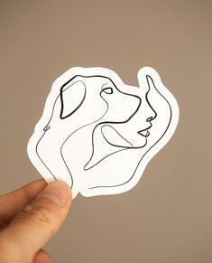 Tatoo Dog, Dog Tattoos, Body Art Tattoos, Tattoo Drawings, Small Tattoos, Tattoo Line Art, Dog Line Art, Hirsch Tattoo, Simplistic Tattoos