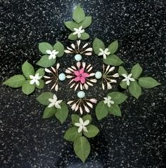 Leaves arranged with pebbles. Diwali Decorations, Flower Decorations, Wedding Decorations, Indian Rangoli, Flower Rangoli, Floating Flowers, Rangoli Designs, Garden Planters, Mandala Art