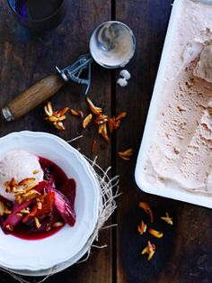 Roast rhubarb with candied almonds and rhubarb ice-cream /
