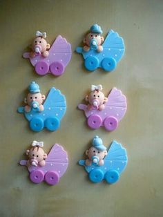 Web Cute Polymer Clay, Polymer Clay Creations, Polymer Clay Crafts, Baby Cupcake, Baby Shower Cupcakes, Baby Decor, Baby Shower Decorations, Christening Giveaways, Baby Shower Souvenirs