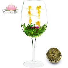 This delicious is an artistic combo of hand-tied White tea Maofeng with six Jasmine Flowers as well as Globe Amaranth in the center. Indeed, this is also close to my heart. Globe Amaranth, Close To My Heart, Teas, White Wine, Hibiscus, Jasmine, Wine Glass, Alcoholic Drinks, Bloom