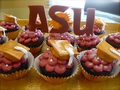 ASU Graduation Cupcakes! @Amber Qualls (Shoopman), you need to make these for Ross but Shamrocks or OSU!